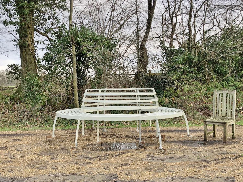 Very Large Iron Tree Seat
