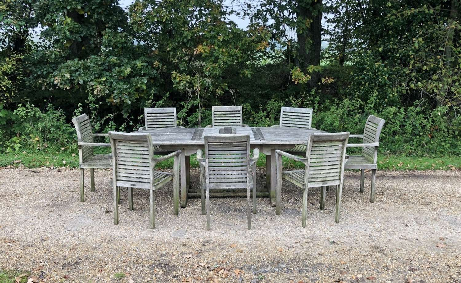 Seating Set with 8 Chairs