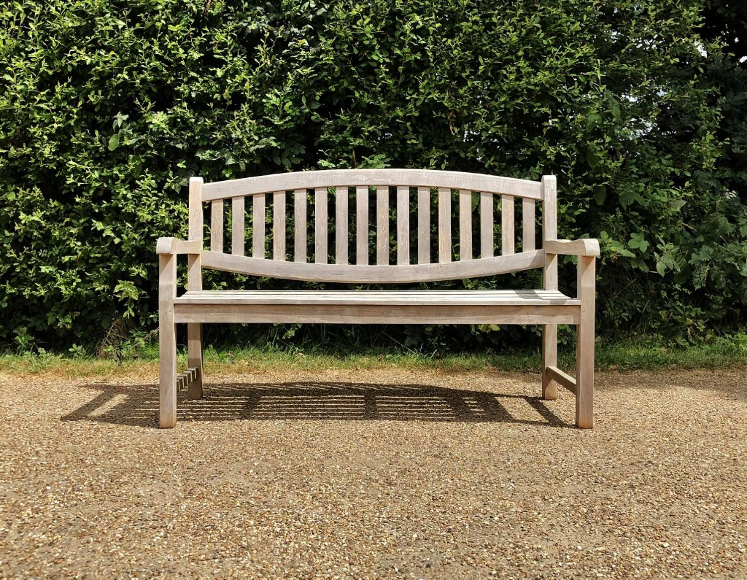 Oval-Back Bench