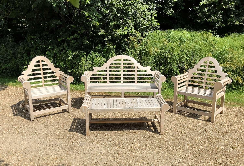 Lutyen Seating Set