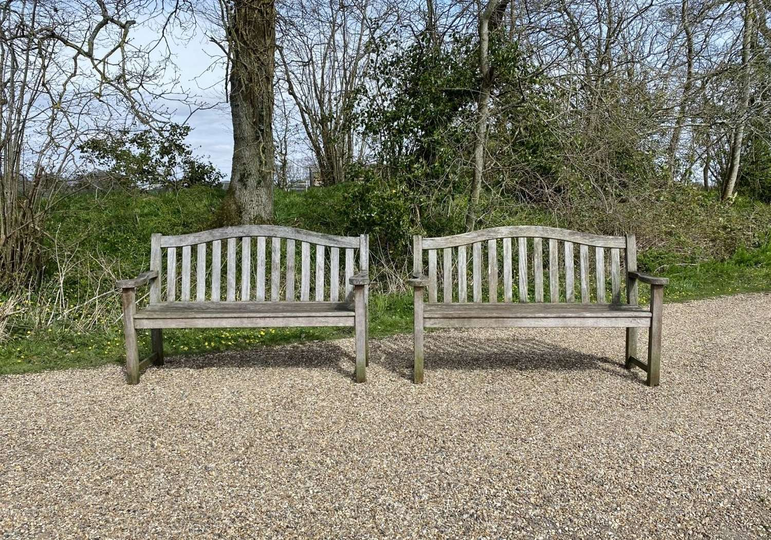 Arched Back Benches