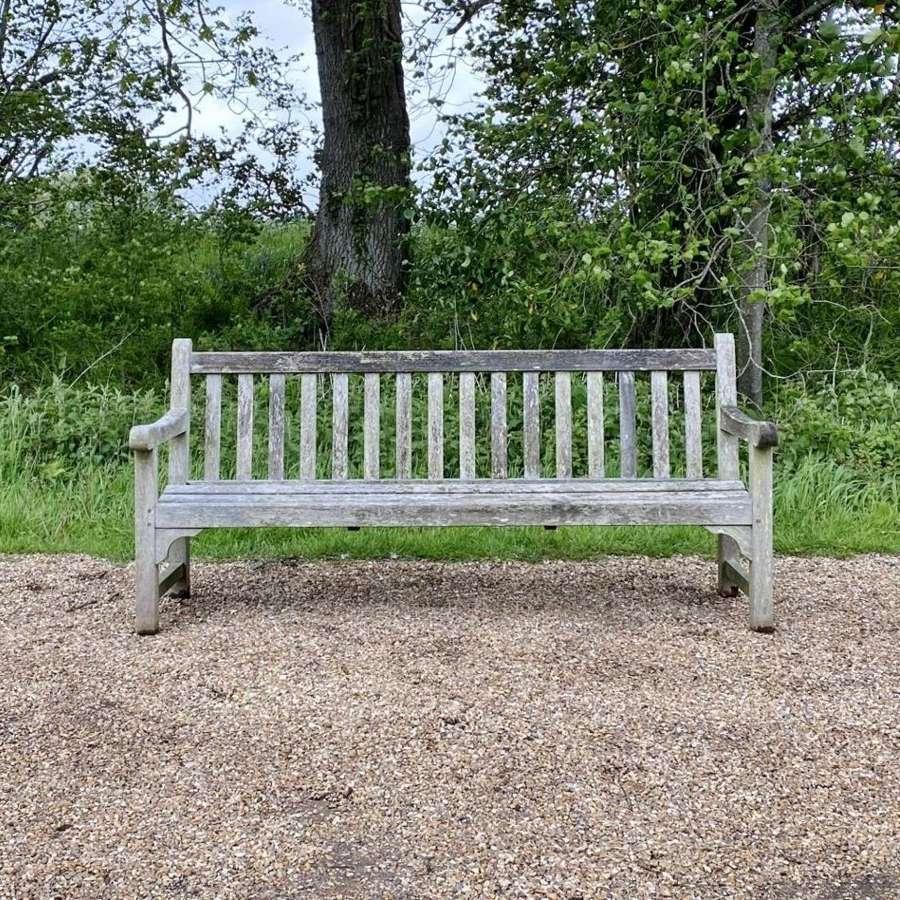Lister Bench