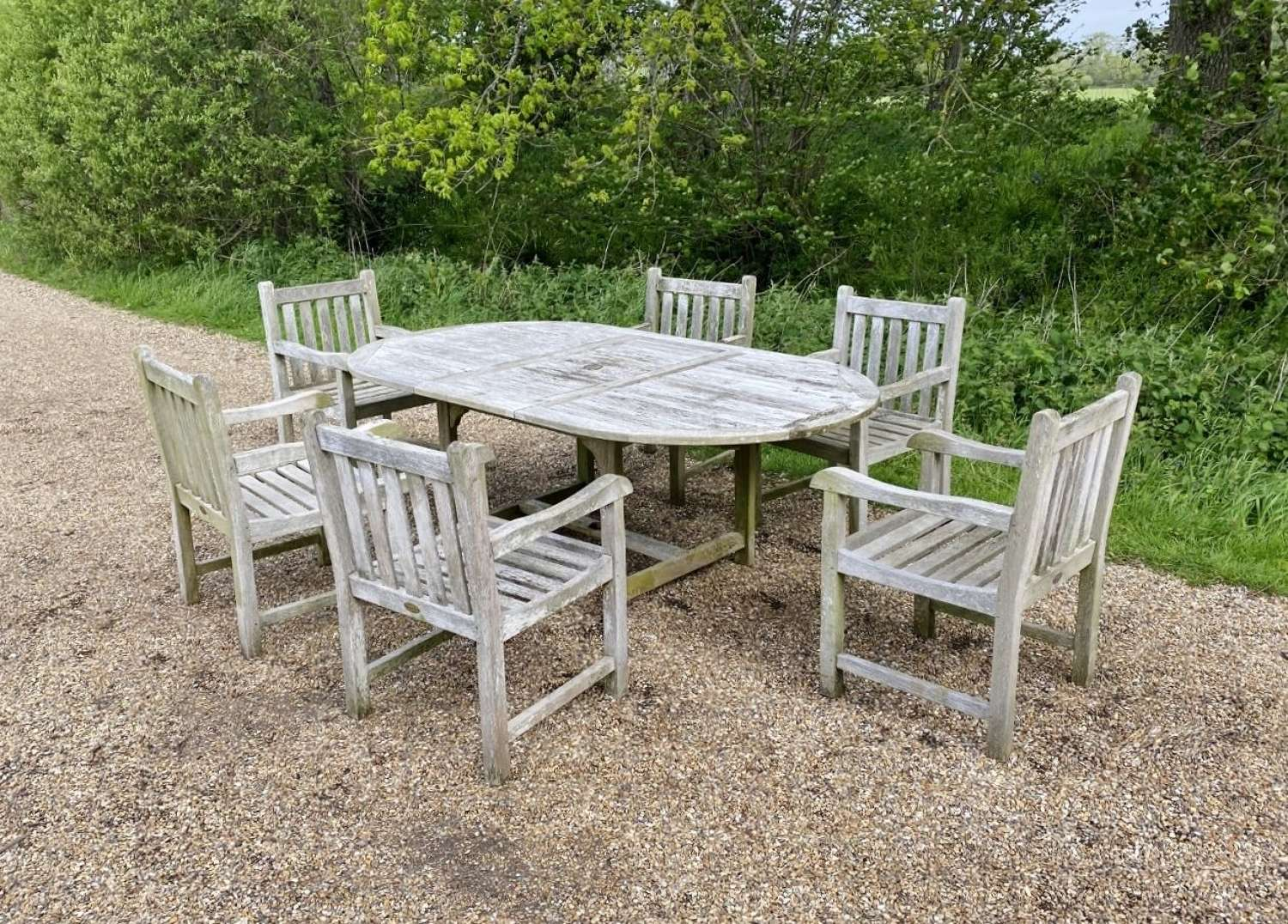 Cotswold Seating Set