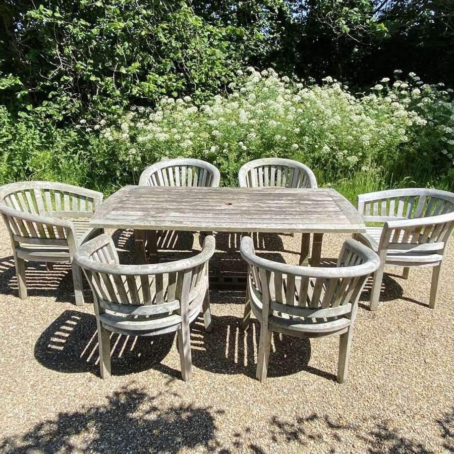Curved Seating Set