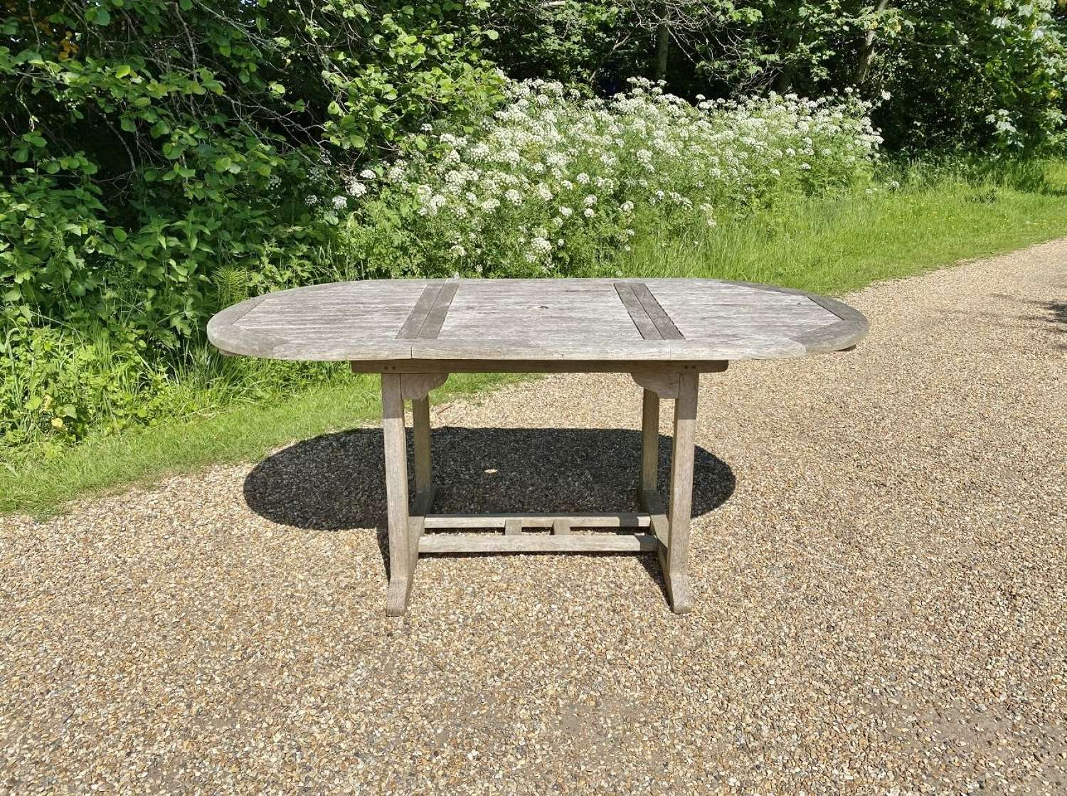 4 To 6 People Extending Table