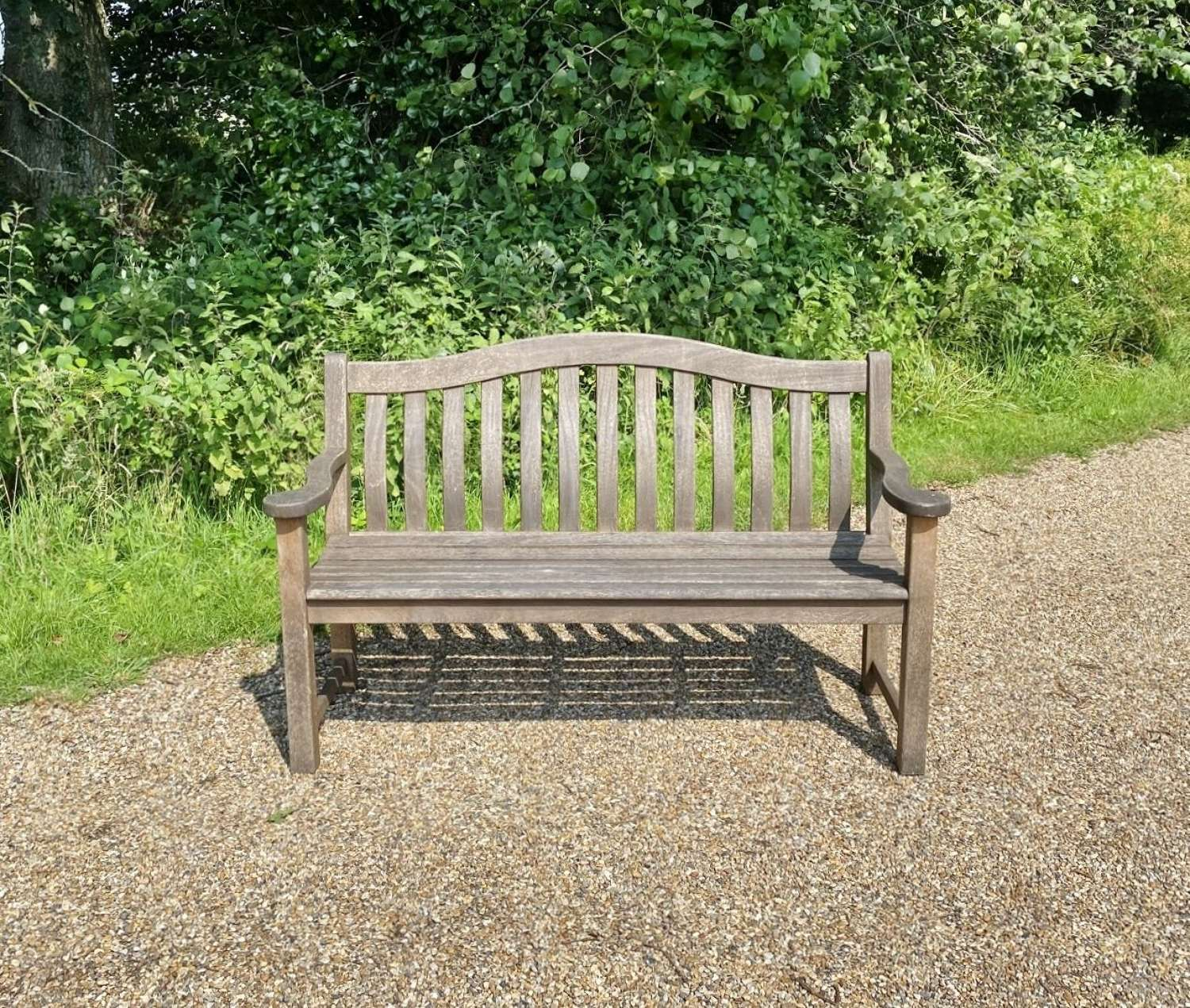 Arched Back Bench