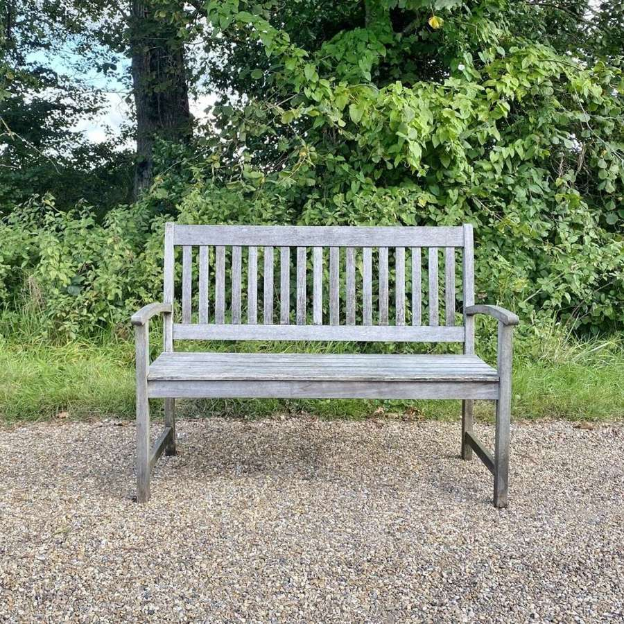 Small Simple Bench